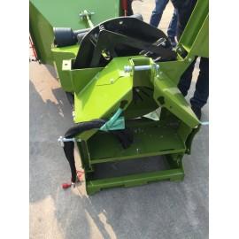 Broyeur de Branches et végétaux Professionnel BR 26 -13cm  Ameneurs hydrauliques – Prise de force tracteur